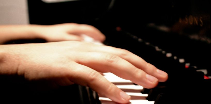 La classica al Circolo del Nuoto, il maestro Di Donato suona Schubert