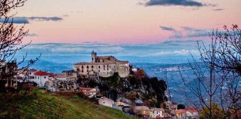 """Antiche tradizioni rivivono a Castelvetere sul Calore con la Festa de """"l'Ucciolo"""""""