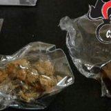 Sfida i Carabinieri a cercare la droga, la trovano per davvero: 20enne nei guai