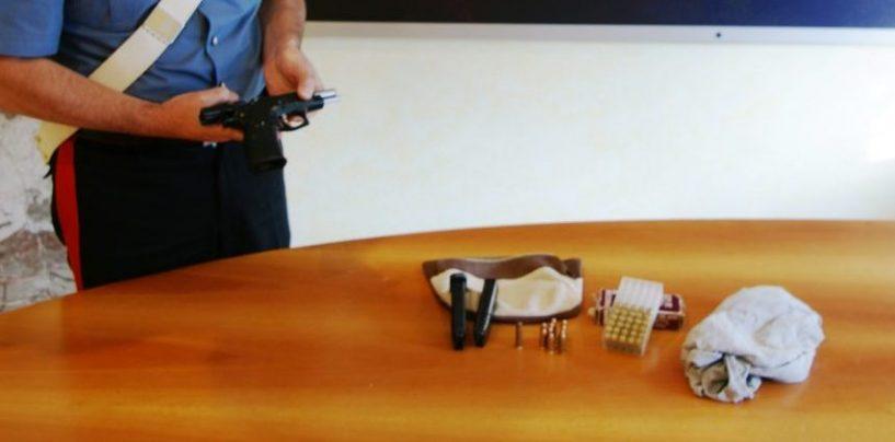 Valle Caudina, pistola e cartucce sequestrate in un condominio