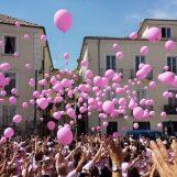 """Domani riparte la Camminata rosa: """"Fate prevenzione"""""""