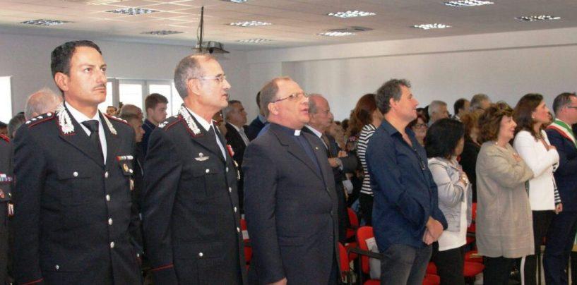 Fontanarosa, inaugurato l'Istituto Di Prisco: presente la fanfara dei carabinieri