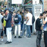 """VIDEOSONDAGGIO/ Primo giorno di scuola, gli studenti di Avellino: """"Meglio l'estate"""""""