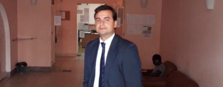 Carlo Sibilia visita il Cas di via Tedesco e bacchetta il Comune di Avellino