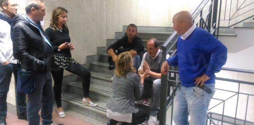"""Parcheggiatori in protesta al Comune. Mele: """"Decisione spetta ad Arvonio"""""""