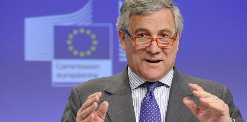 """Cittadinanza onoraria a Tajani: """"SiAmo Pratola Serra"""" critica la scelta dell'amministrazione"""