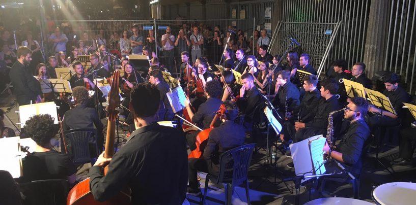 Gran concerto al Duomo con i 68 giovani orchestrali della Cimarosa Young Sinfonietta