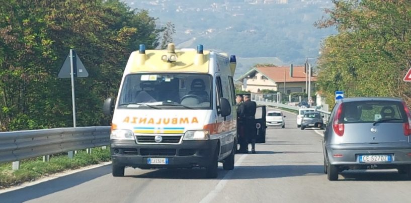 Incidente stradale sulla variante, coinvolta una moto