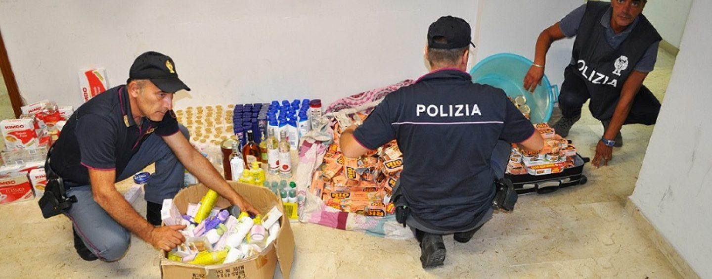 Organizzano un supermercato abusivo con merce rubata: nei guai tre rumeni
