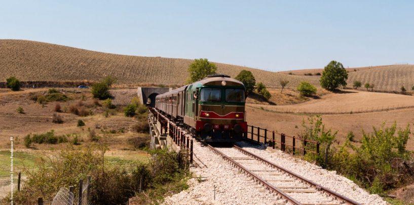 """Da Foggia a Montella, ecco il """"Treno delle Castagne"""""""