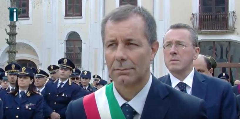 """Carullo si confronta con i cittadini di Bagnoli: """"Il turismo non può morire"""""""