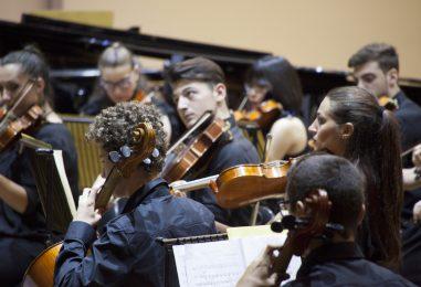 """""""Musica maestri"""", le orchestre dei conservatori della Campania si esibiscono al Cimarosa"""