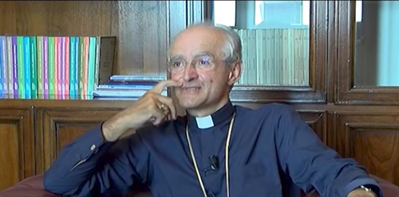 """Il Vescovo Aiello all' """"artificiere improvvisato"""": non sei entrato nella lista nera, troverai ancora aperto il mio portone"""