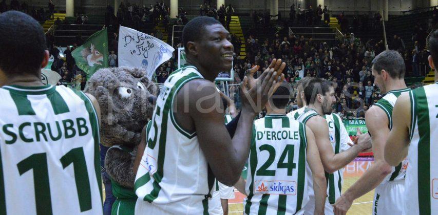 Sidigas Avellino-Cez Nymburk: la fotogallery della vittoria dei lupi