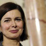 Inaugurazione panchine rosse ad Avellino, coinvolta Laura Boldrini