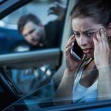 Si lasciano, non lo accetta e perseguita la ex: scatta il divieto di avvicinamento