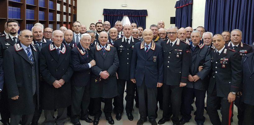 Visita dell'ispettore regionale al Comando dei Carabinieri di Avellino, Cagnazzo riabbraccia il papà