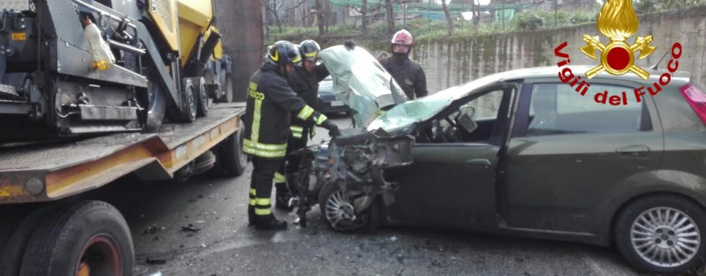 Tir contro auto, terribile incidente a Calore di Mirabella