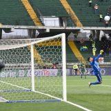 Castaldo replica a Perez: l'Avellino non decolla. Rivivi il live