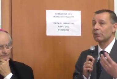 """VIDEO/ Disagio giovanile, il Vescovo di Avellino Aiello: """"I giovani hanno bisogno di essere ascoltati"""""""