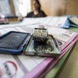 Fotografa la scheda nel seggio, denunciato un elettore di Montemiletto