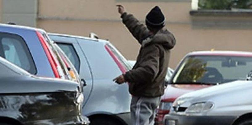 Parcheggi abusivi, in città denunce e sanzioni fino a tremila euro