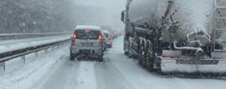 Emergenza neve, carabinieri in azione tra controlli ed assistenza ai cittadini