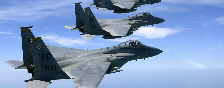 Due forti boati: superata la barriera del suono da due aerei da caccia