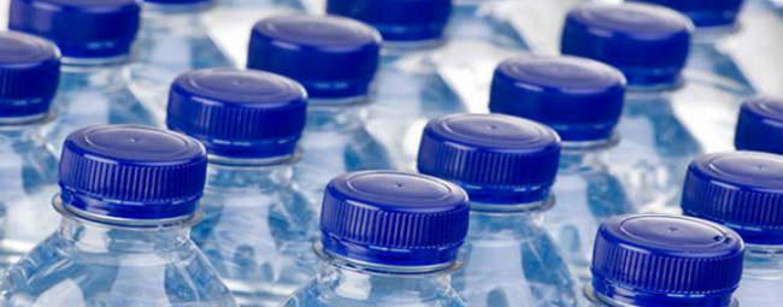 Acqua contaminata da idrocarburi: ritirato lotto della San Benedetto