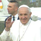 """VIDEO-FOTO/ Il viaggio di Papa Francesco in ricordo di San Pio: """"Un Paese che litiga non cresce"""""""