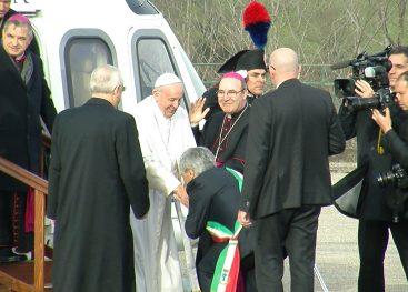 Il Papa nei luoghi di Padre Pio: la fotogallery di Irpinianews
