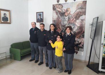 """Gli alunni del """"Giulio Lusi"""" in visita al Commissariato di Polizia di Ariano Irpino"""