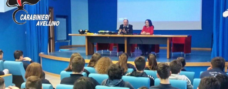 """Cultura e legalità: i Carabinieri incontrano gli alunni del """"Convitto"""""""