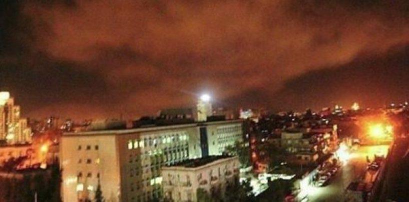 Usa ed alleati attaccano obiettivi militari in Siria
