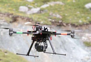Drone 'cattura' dall'alto maxi-discarica abusiva: un arresto