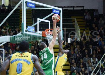 La Sidigas torna alla vittoria: la fotogallery del match con Cremona