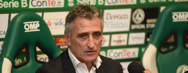 "Avellino-Frosinone 0-2. Foscarini bacchetta i lupi: ""Siamo stati ingenui"""