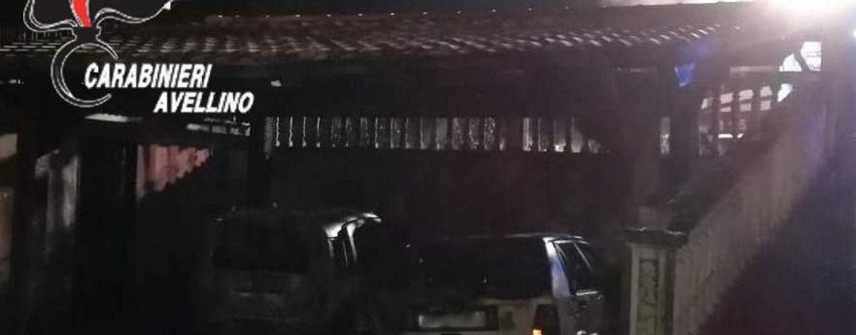 Due auto in fiamme nella notte: paura a Mirabella Eclano