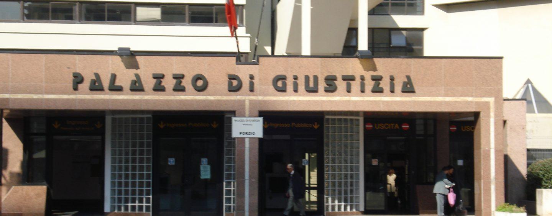 Sgominata la banda dei garage: 7 arresti a Napoli