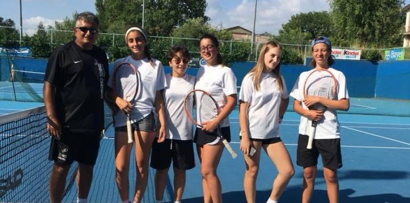 Tennis, le ragazze dell'Academy di Avellino promosse in Serie C