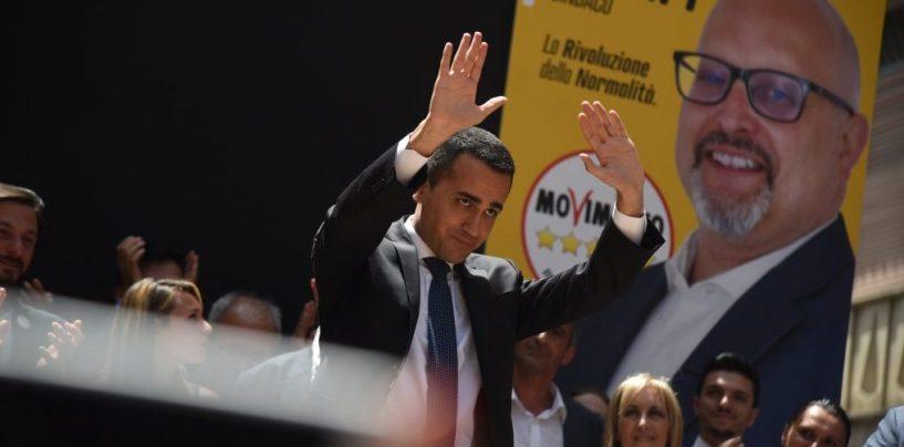 Movimento 5 Stelle: gli iscritti votano contro Di Maio e la pausa