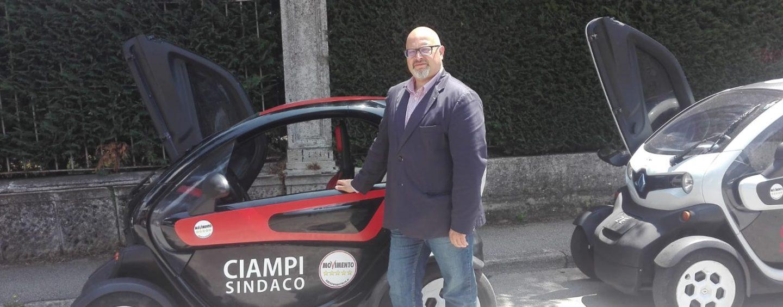 """Giro nei quartieri per Ciampi: """"Con noi fuori dall'isolamento"""""""