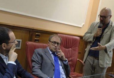 """Ballottaggio, Morano benedice la Santa Alleanza e replica a Pizza: """"Un pugile col fiato corto"""""""
