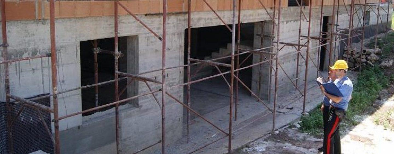 Controlli nei cantieri: multa e sospensione dell'attività per un imprenditore