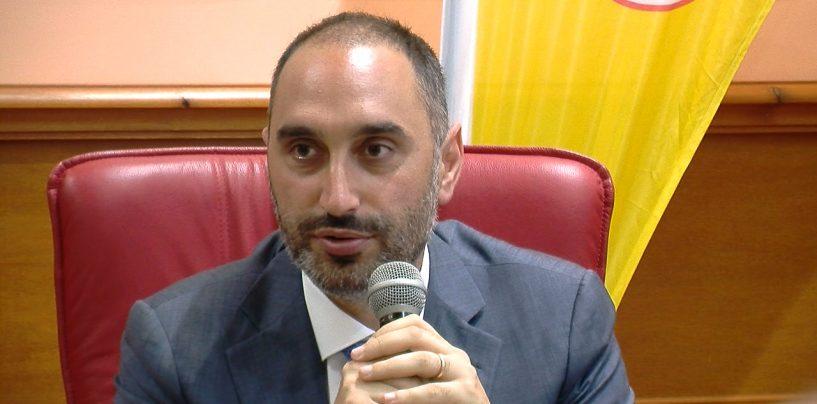 """Gubitosa: """"D'Amelio si rassegni, via i vitalizi o taglieremo i fondi alle Regioni"""""""