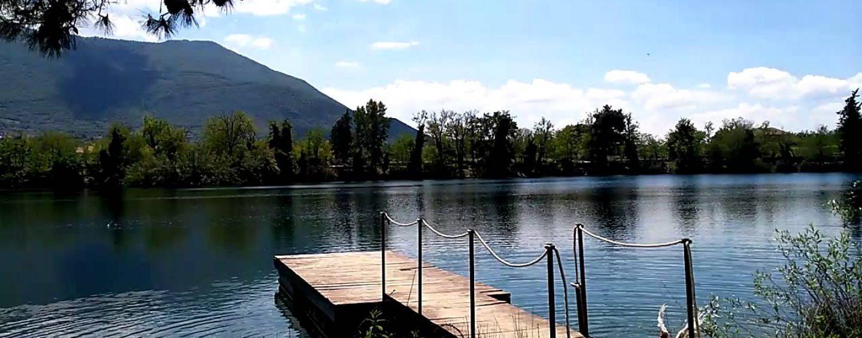 """""""Addio amici mi butto nel lago"""": annuncia suicidio su Facebook e si getta nel Telese"""