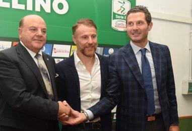 """VIDEO/ Marcolini si presenta: """"Esordiente come Rastelli, il mio Avellino lotterà"""""""