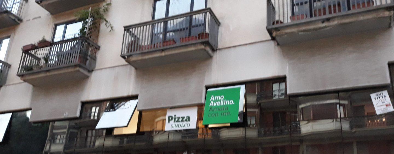 Riunione carbonara tra Pizza e i suoi: per ora opposizione, ma in un clima di sospetti
