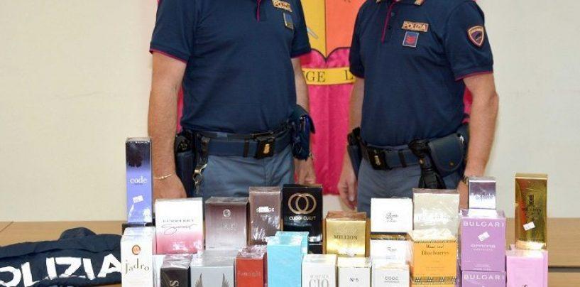 Vendevano profumi contraffatti: fermati e denunciati