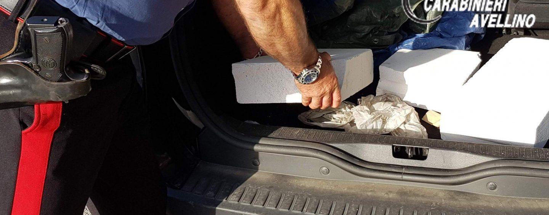 Beccati mentre cercavano di rubare in un'auto: arrestati due napoletani